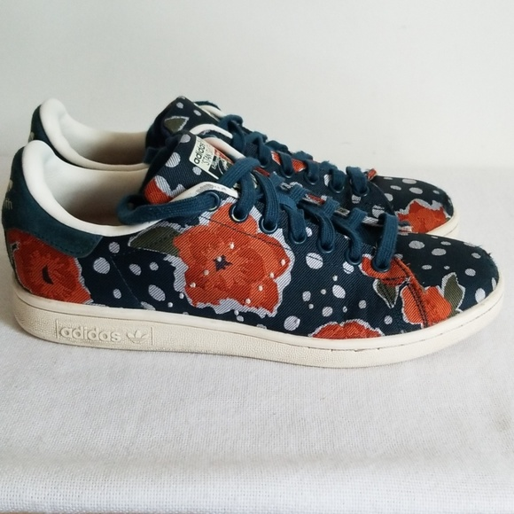 separation shoes 530c0 f1e32 Adidas Stan Smith Floral Canvas Sneaker